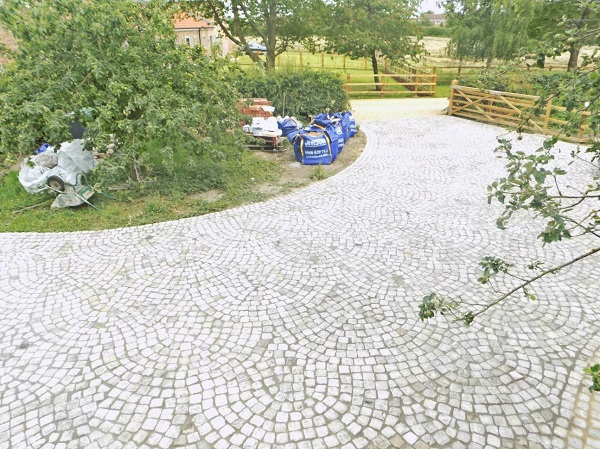 Reclaimed cobble driveway
